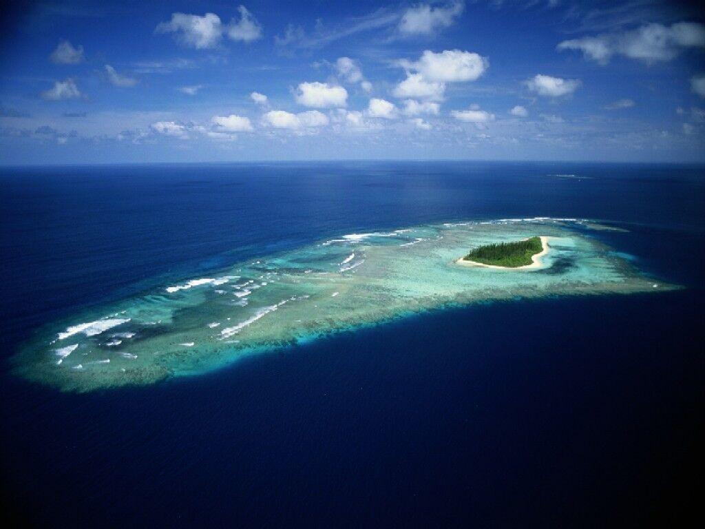 Tuvalú se encuentra muy cerca del nivel del océano y tiende a desaparecer como consecuencia del calentamiento global